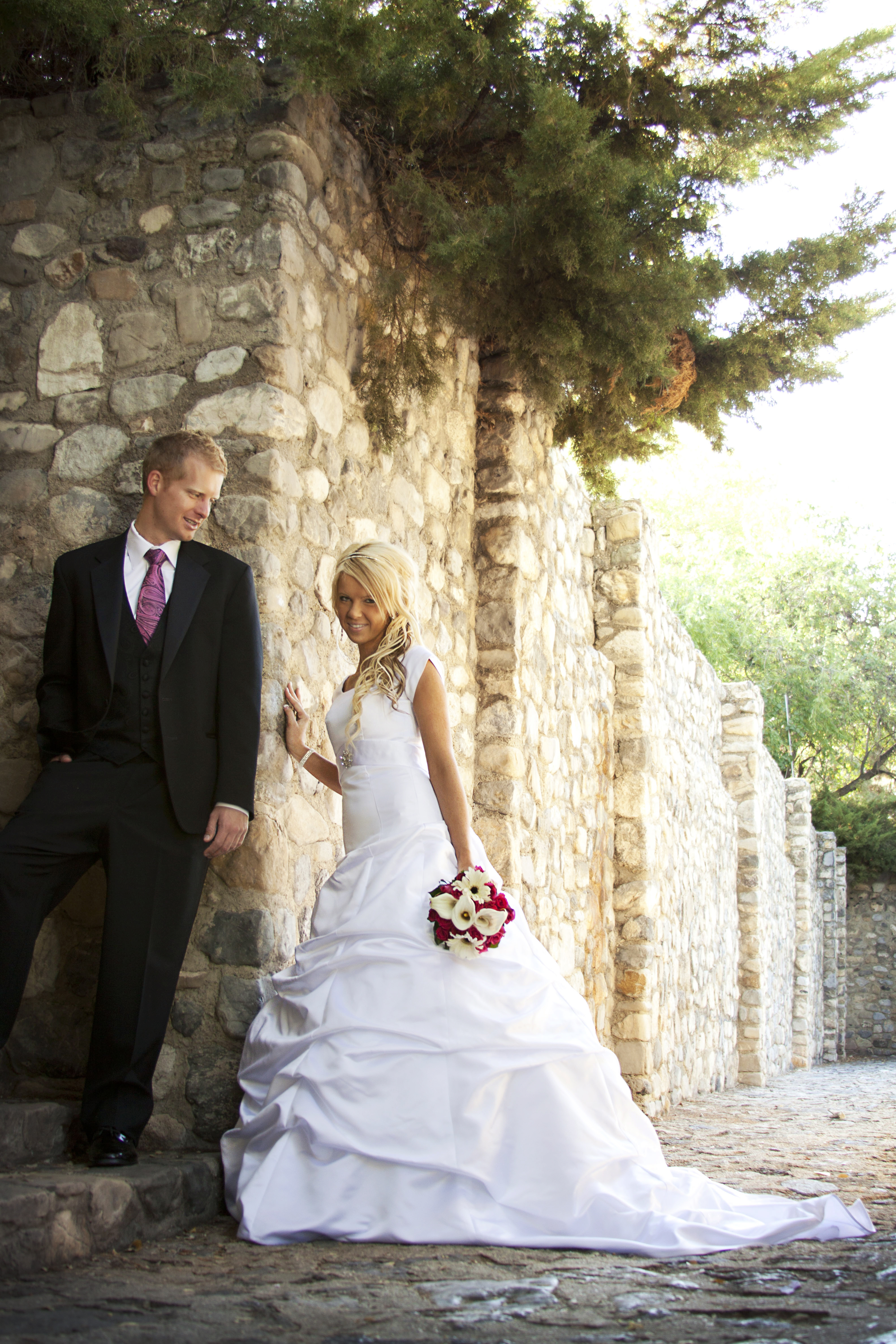 Utah county wedding photography ivy and corbyn for Affordable utah wedding photographers