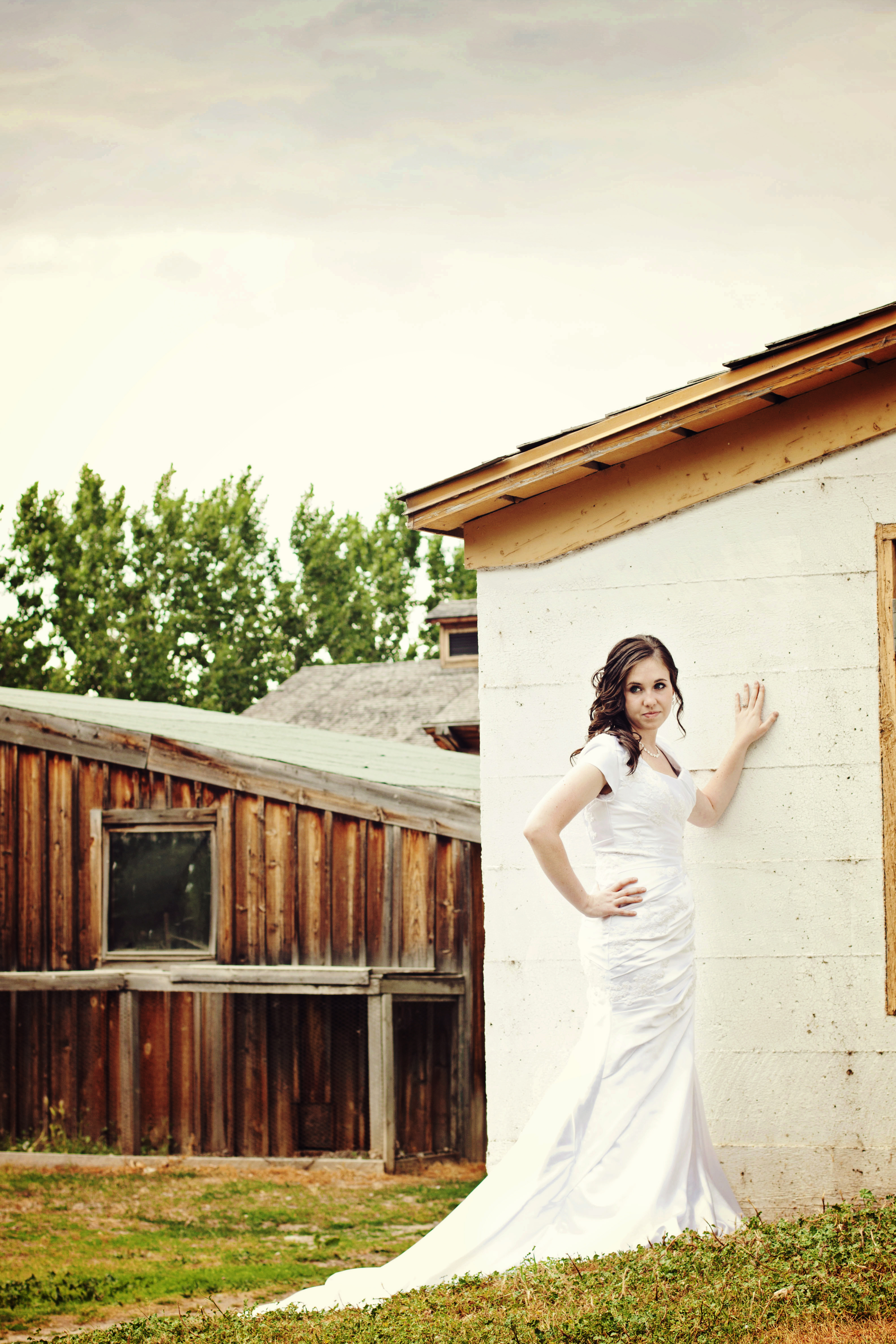 Engagement photography locations effervescent media for Affordable utah wedding photographers